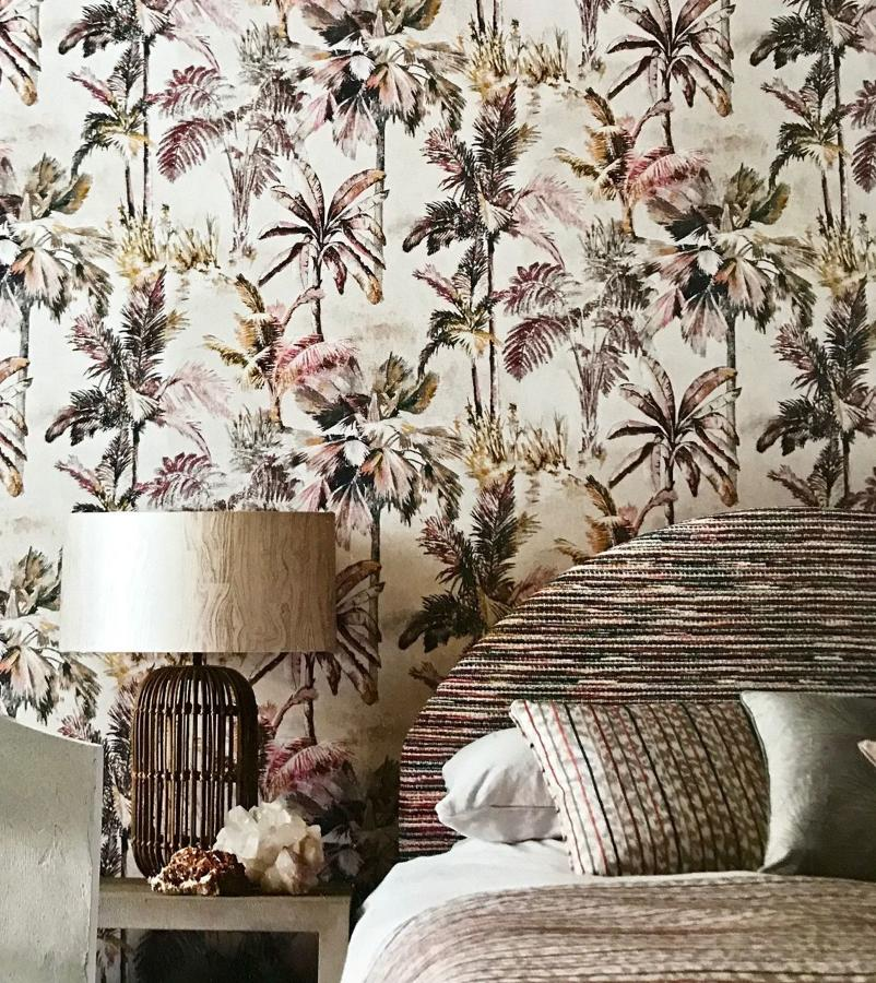 Fabric, Wallpaper & Paint