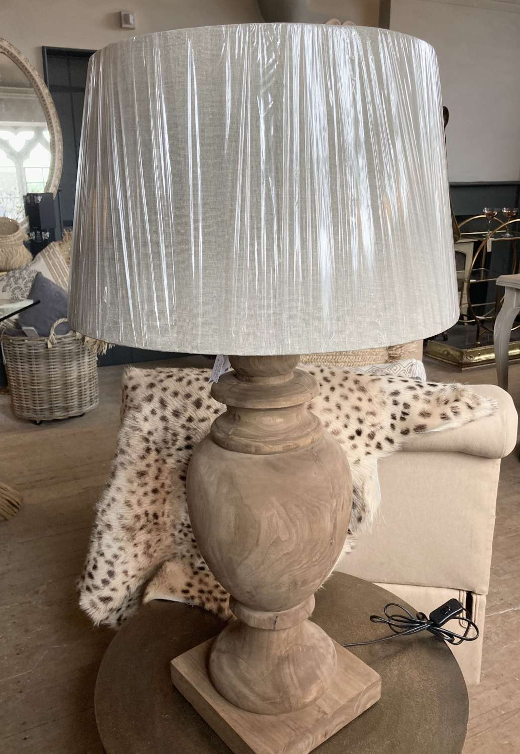 Chunky wooden lamp