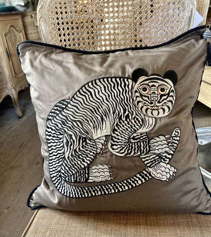 Fable Tiger Cushion